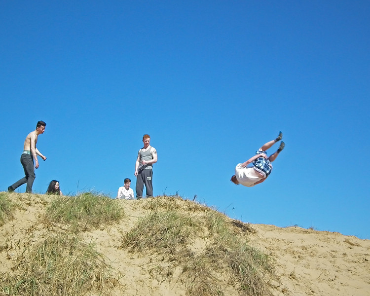Free Jumpers at South Shields (sequence)