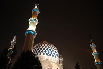 Lights on Sultan Salahuddin Mosque - Shah Alam, Malaysia