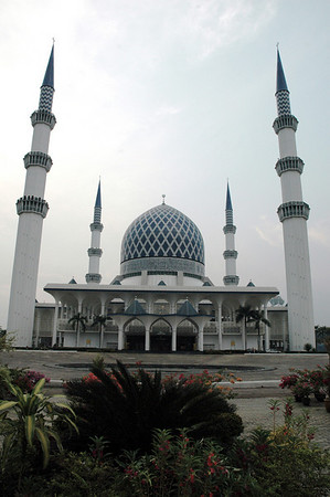 Sultan Salahuddin Mosque - Shah Alam, Malaysia