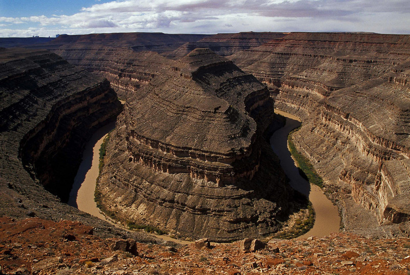 The San Juan River cuts an entrenched meander in Goosenecks State Park, Utah.<br /> Photo © Cindy Clark