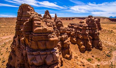 111 - Red Rock Crazy Formations, Hanksville, Utah