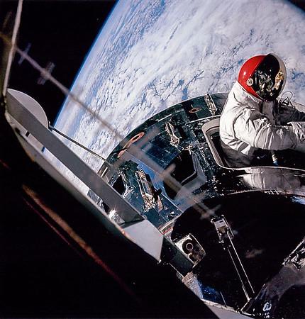 Apollo Missions 7-12
