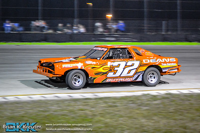 Bombers Division at Three Palms Speedway 01172015