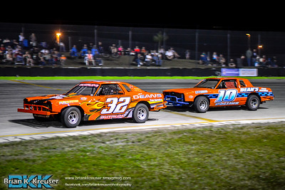 Bombers Division at Three Palms Speedway
