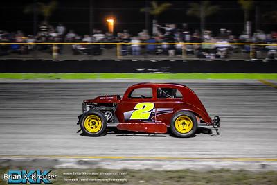 Dwarfs at Three Palms Speedway