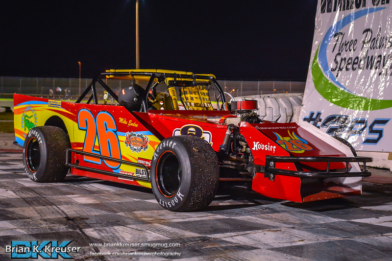 Outlaw Modified's at Three Palms Speedway 01172015