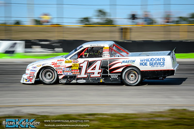 Practice_Session_Three_Palms_Speedway_01312015-15