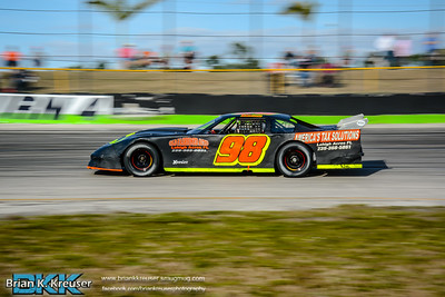 Practice_Session_Three_Palms_Speedway_01312015-35