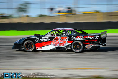 Practice_Session_Three_Palms_Speedway_01312015-11