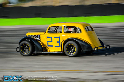 Practice_Session_Three_Palms_Speedway_01312015-42