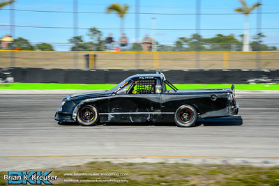 Practice_Session_Three_Palms_Speedway_01312015-8