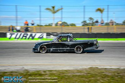 Practice_Session_Three_Palms_Speedway_01312015-9