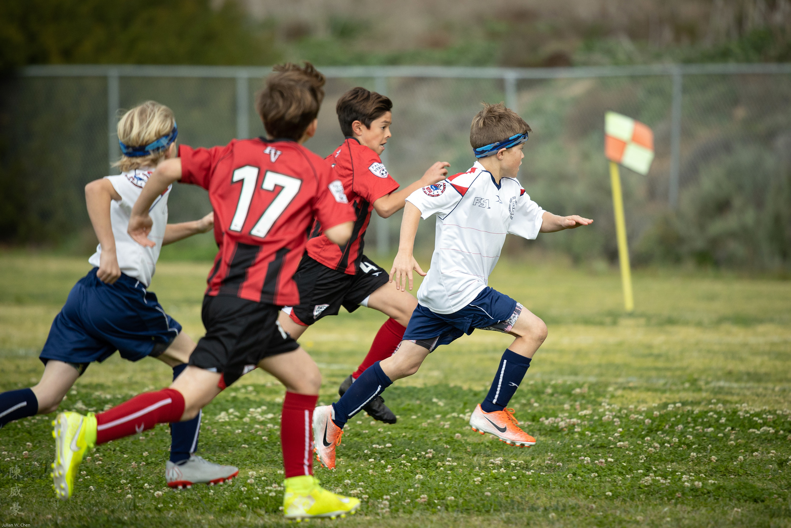 IMAGE: https://photos.smugmug.com/Photography/Sports/2020-AYSO-Renegades/i-H9nfcqW/0/2b653d45/X3/20200223-Canon%20EOS-1D%20X%20Mark%20III-1DX30325-X3.jpg