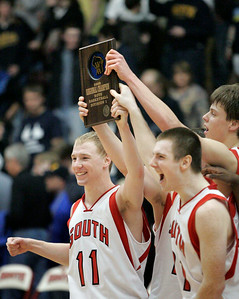 BOYS HOOPS REGIONAL FINAL - SHEBOYGAN NORTH VS SHEBOYGAN SOUTH