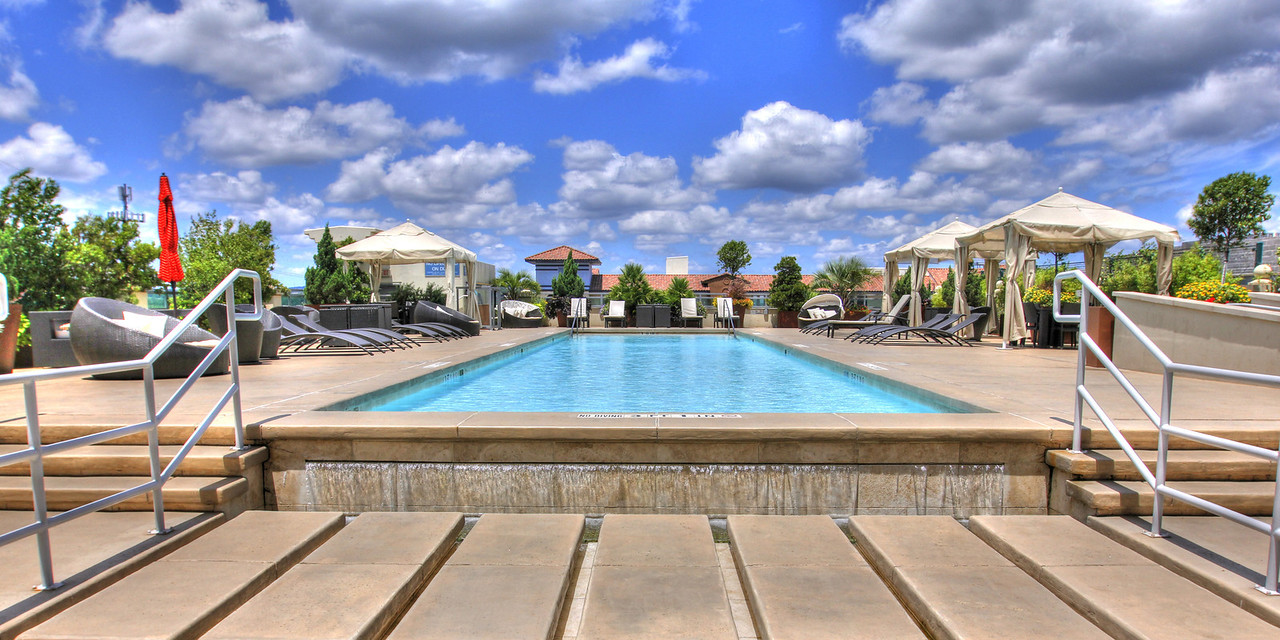 The Spring has a fantastic 75 foot lap pool and a nice grill located poolside.  It's so easy and convenient to pickup treats for grilling at Whole Foods and meet neighbors out by the pool for dinner.