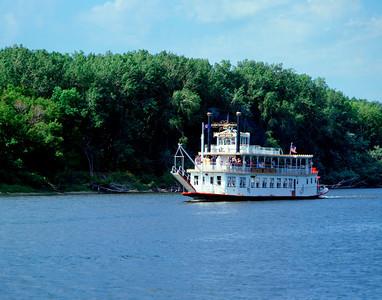 Jonathan Padleford River Boat, Mississippi River, St. Paul, Minnesota