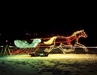 Electric Garden Horse Drawn Sleigh, St. Paul, Minnesota