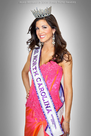 Cynthia Griner, our new Mrs. North Carolina International 2010.