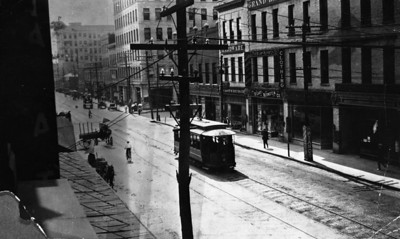 Bay Street looking southeast (directly at Wells Fargo site) toward Main in 1908.