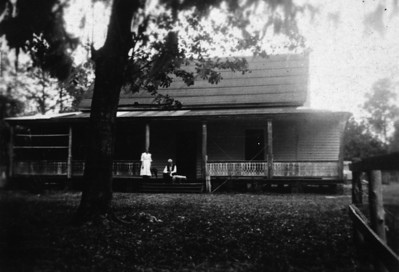 Major Webb's home in Mandarin around 1910.  This residence was later owned by Walter Jones and his daughter, Agnes Jones.