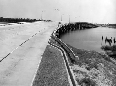The Jacksonville Expressway, which is now known as Interstate 95 in 1960, as it crosses the Trout River in North Jacksonville.