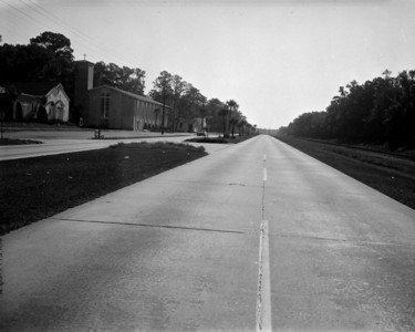 Looking south along Roosevelt Boulevard in 1961.