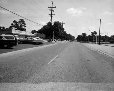 Looking east along University Boulevard toward intersection with Stanford Road in 1961.