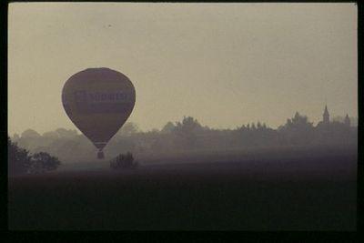 Baloon landing, Alsace