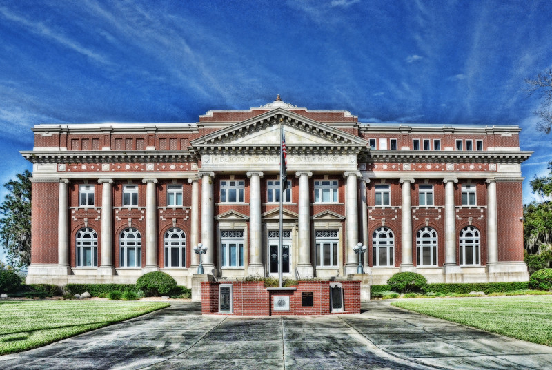 Desoto County Courthouse
