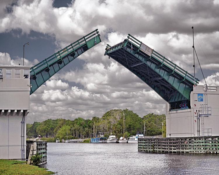 Caloosahatchee Draw Bridge