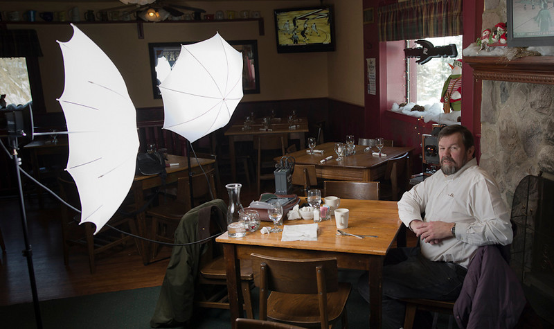 Two light set up in action.