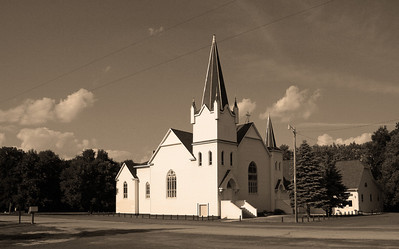 Same church as yesterday.  Just stepped back a little.  I really dislike those power lines.