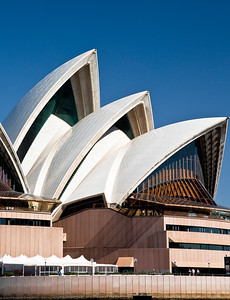 OH 104   Sydney, Australia, Opera House.  The design was to appear as sails, which it does.