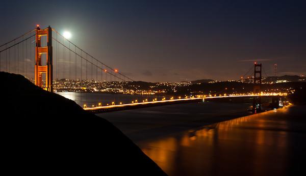 golden gate full moon-9103