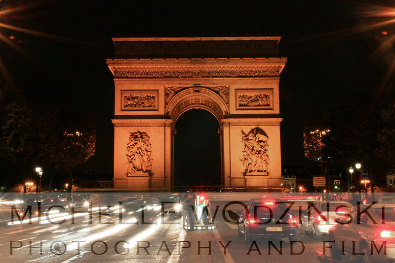 arc de triomphe at night_michelle wodzinski