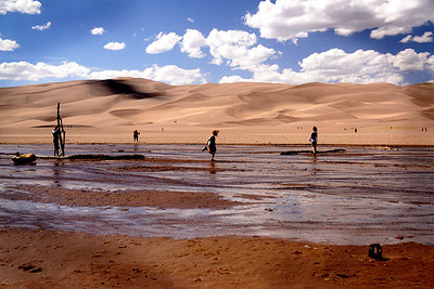 Families play in the stream, adventurous souls climb the dunes and old guys (that's me) photograph from the sidelines...lots to do at Great Sand Dunes National Park!!