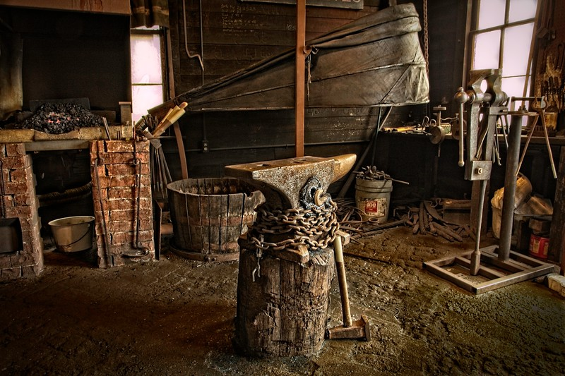 Phenix Knives Blacksmith Shop