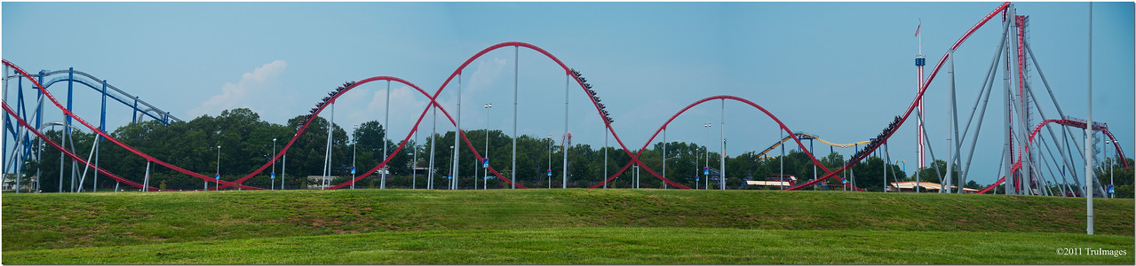 "Aug 20 The Intimidator Rollercoaster (the fastest, longest and tallest coaster in the Southeast!) Carowinds NC/SC border See more coaster images <a href=""http://truimages.smugmug.com/Other/roller-coasters/18671447_SfWWkR#1443572897_GqBz2jV-A-LB"" title=""Photo & Video Sharing by SmugMug""><img src=""http://truimages.smugmug.com/Other/roller-coasters/i-GqBz2jV/0/M/DSC2793-M.jpg"" title=""Photo & Video Sharing by SmugMug"" alt=""Photo & Video Sharing by SmugMug"">here</a>"