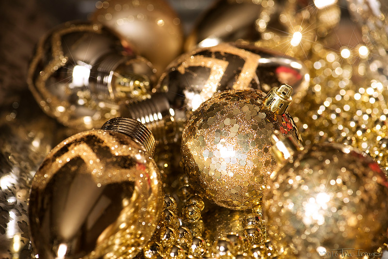 Holiday Glitz & Glam