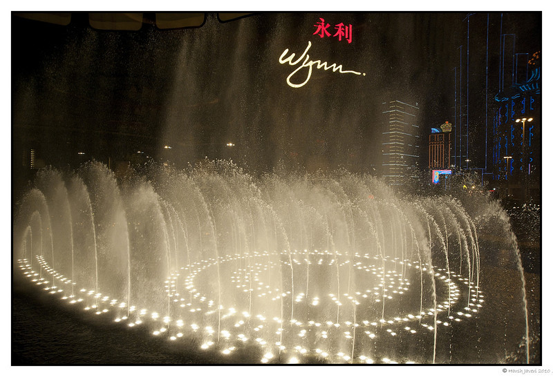 Ristorante il Teatro, Wynn Hotel, Macau<br /> <br /> Outside the Wynn Hotel they have 'dancing fountains'  and their Italian restaurant offers this view.<br /> Shot thru glass window with D700 ISO 1600 f5 1/125