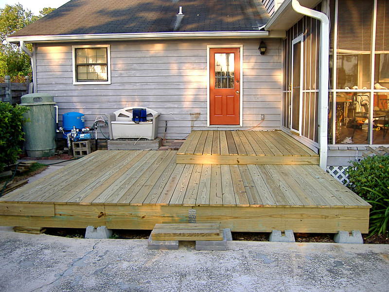 15 The New Deck at River Ridge