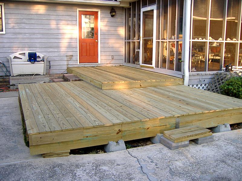 14 The New Deck at River Ridge