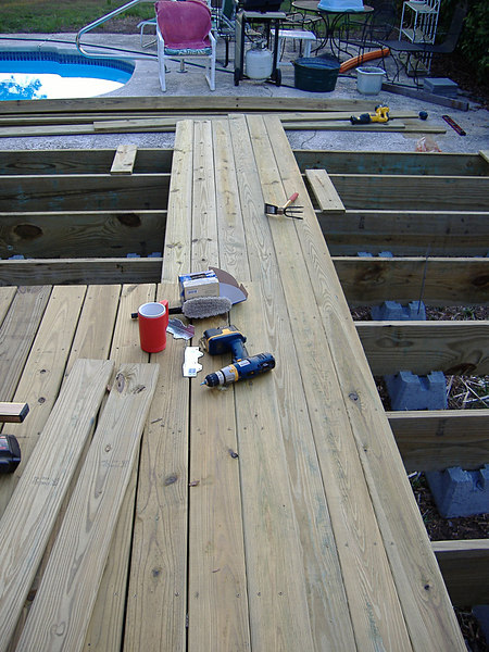 09 The New Deck at River Ridge
