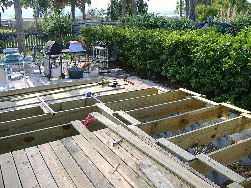 07 The New Deck at River Ridge