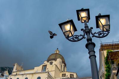 PIDGEONS, LAMP, DUOMO