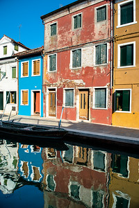 BURANO VERTICAL REFLECTION