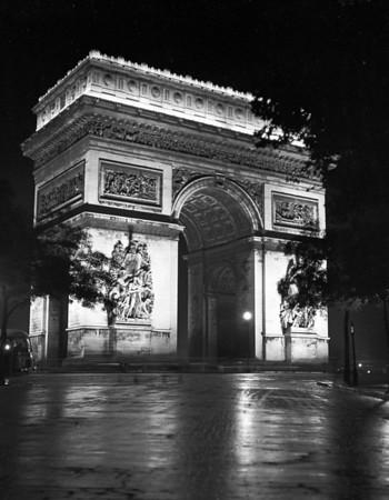 The Newt Hibbs Paris Gallery
