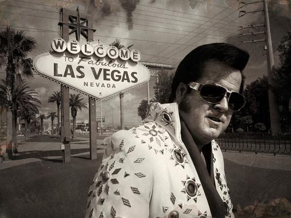 Elvis - Las Vegas - Street Portrait