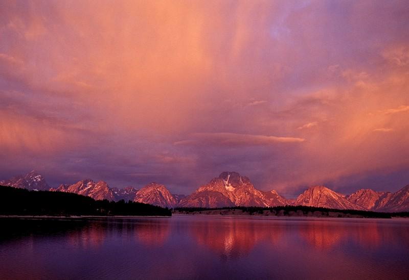 Mt Moran and Jackson lake, Grand Teton Nat'l Park.<br /> Photo © Carl Clark