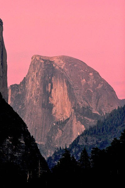Half Dome - Yosemite National Park - just after sunset while waiting for the full moon to come up. There was this unusual light that just lasted a little while, so I mounted the 300 ƒ2.8 and as always it delivered another magical pict. It is becoming one of my favorite lenses.
